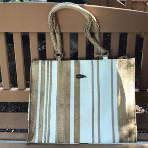 Avani Tan/white beach bag!💛